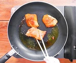 N's KITCHENお弁当レシピ:鮭のカレー焼き弁当3