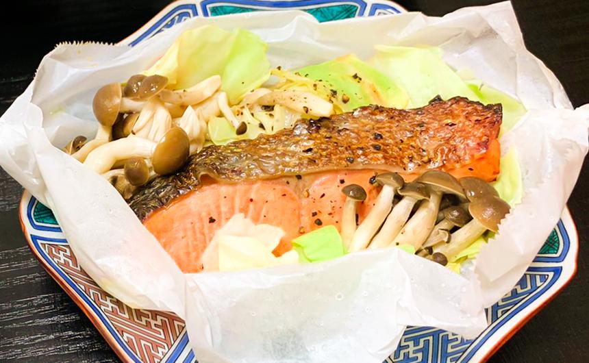 銀鮭とカット野菜のバタポンレンジ蒸し