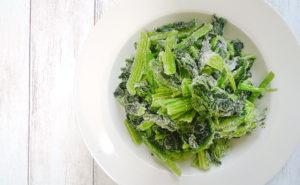 小分けにして使いやすい「ぱらぱら冷凍野菜」の作り方
